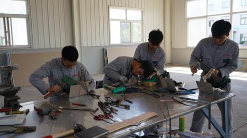 09学员练习金属屋面节点.png