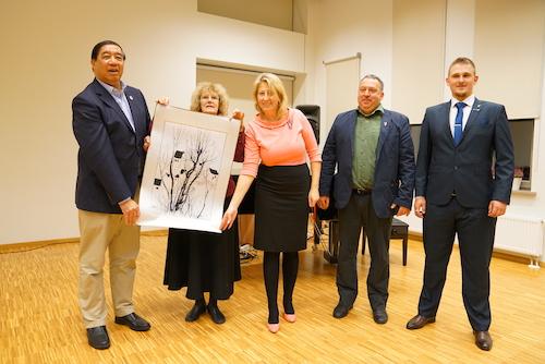 08代表团访问拉脱维亚奥格尔职业技术培训学校1.jpg
