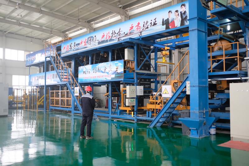 06参观工厂4.JPG