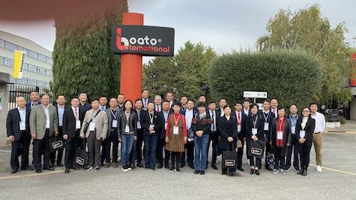 02代表团访问意大利布阿托公司.jpg