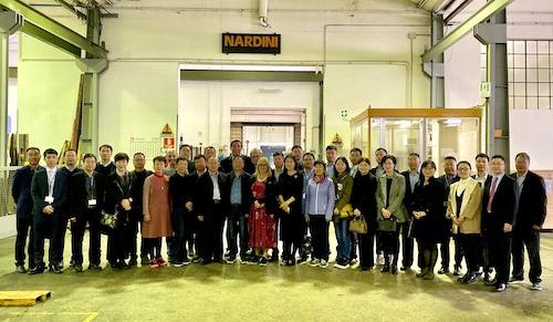 04代表团访问意大利纳迪尼公司.jpg