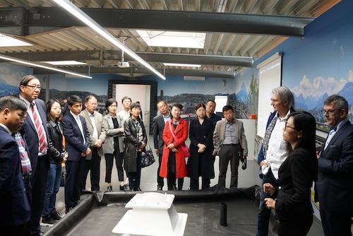 05代表团访问萨固密EPDM预制施工商COVERiT公司2.jpg