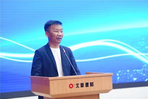 14采購中心總經理劉萬軍.png